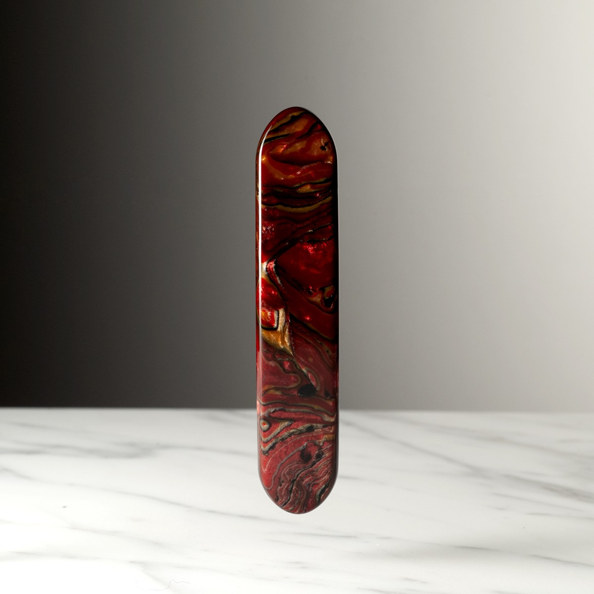 coussin-small-format-red-marble