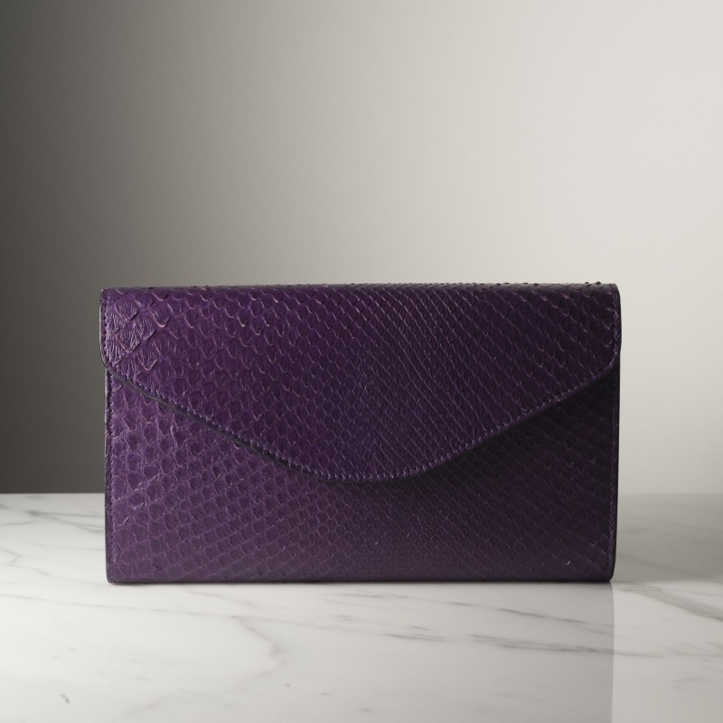 simone-violet.jpg