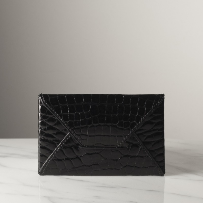 enveloppe-pm-noir-brillant-crocodile.jpg
