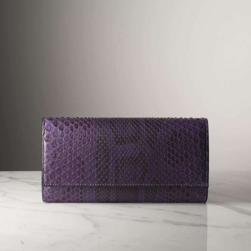suzanne-violet-mat-python.jpg